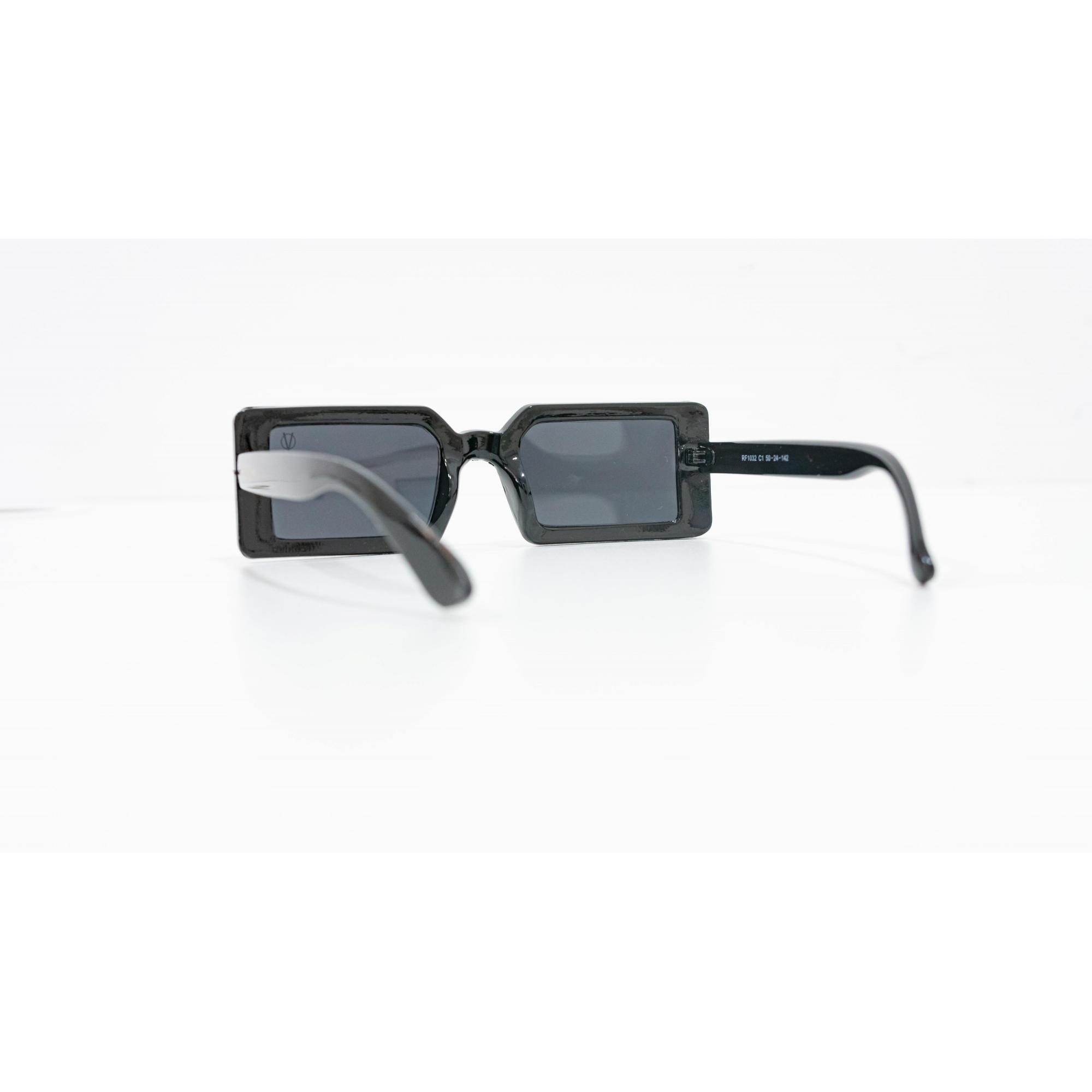 Óculos Vistta Aping Retangular RF1032 C1 50 Preto