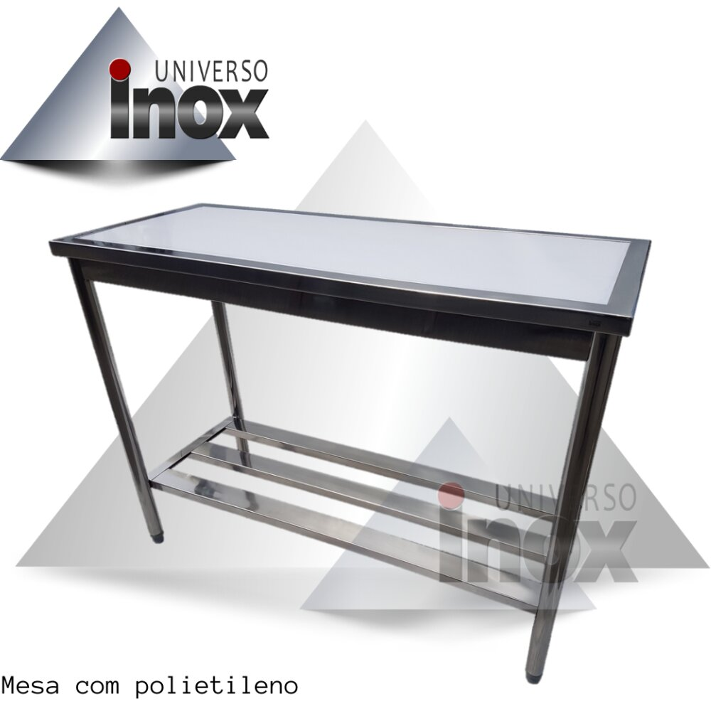 Mesa com polietileno