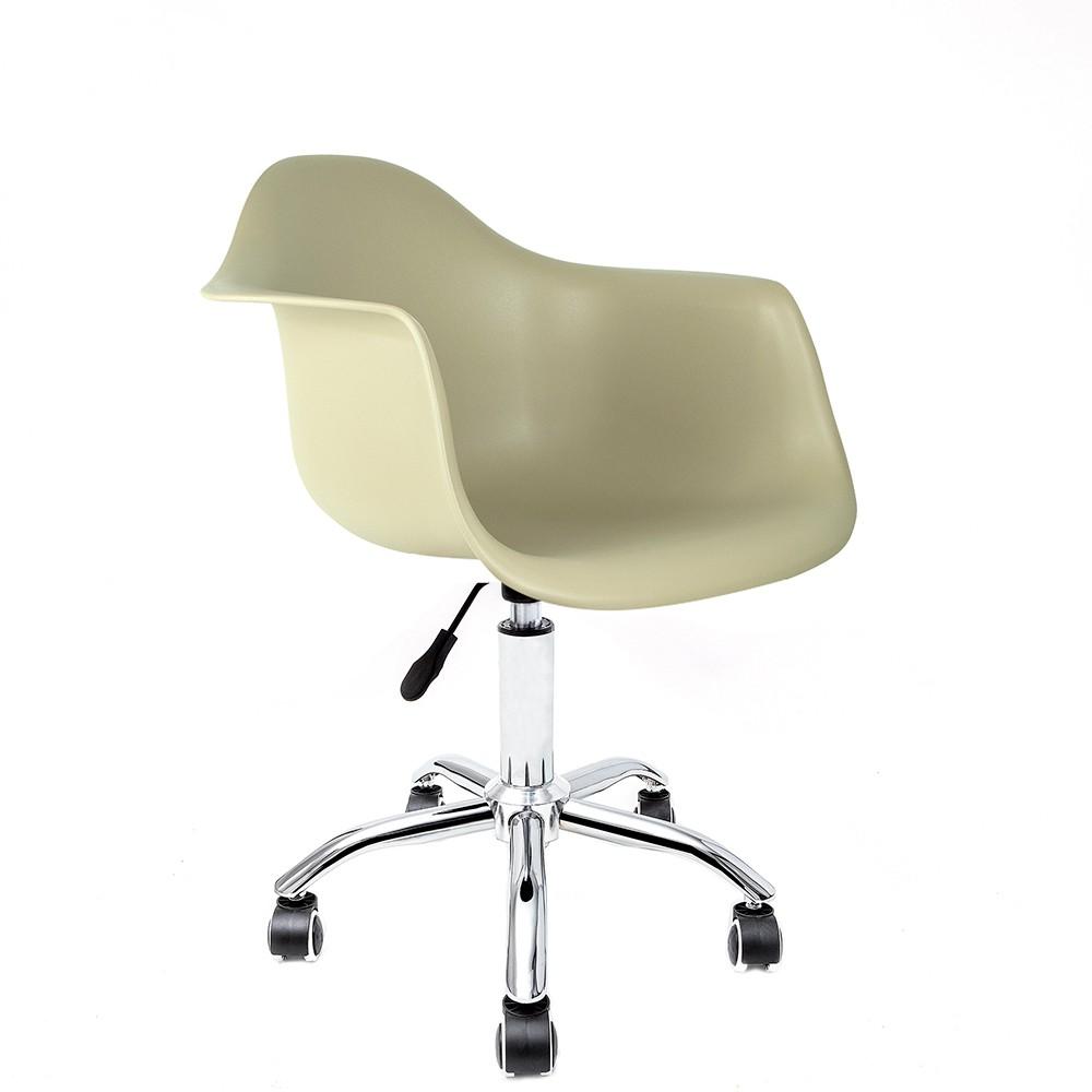 Cadeira Eames com Braços Fendi - Base Office Cromada