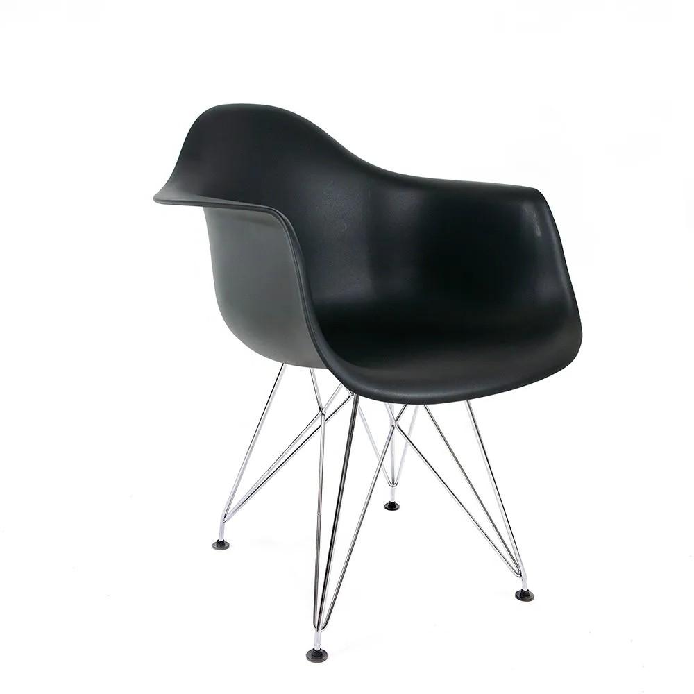 Cadeira Eames com Braços Preta - Base Eiffel Cromada