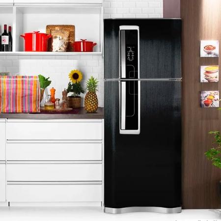 Adesivo para geladeira Escovado Preto 1,22m