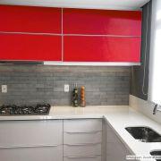 Outlet - Adesivo para móveis Brilhante Vermelho Vivo 0,61m