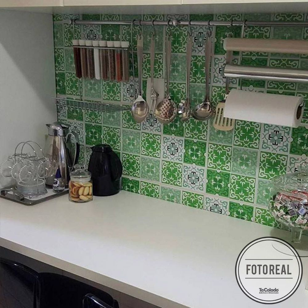 Outlet - Papel de Parede Azulejo Berga Verde 0,58 x 2,00m  - TaColado