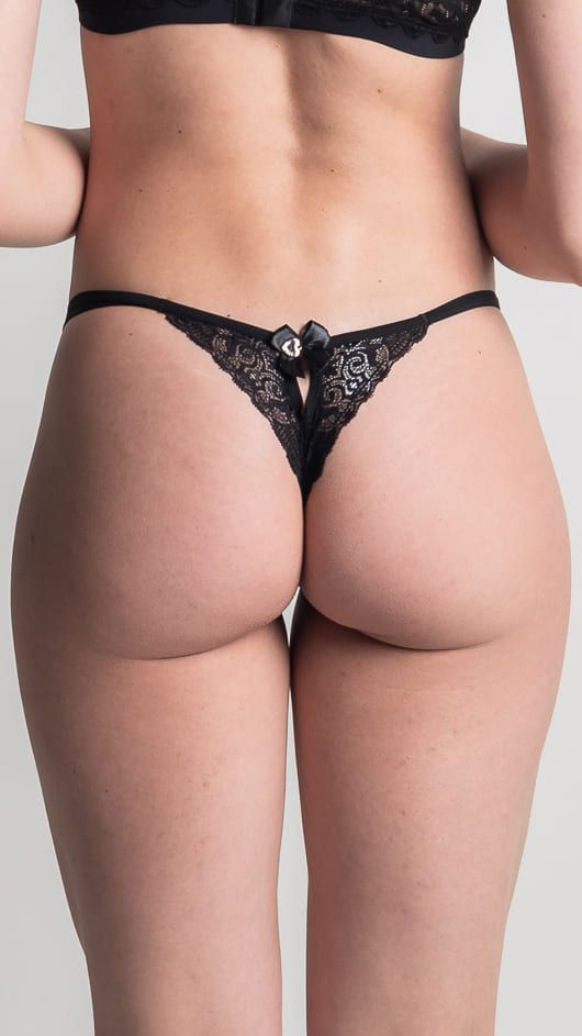 Calcinha Crys - fio renda com detalhe sensual nas costas