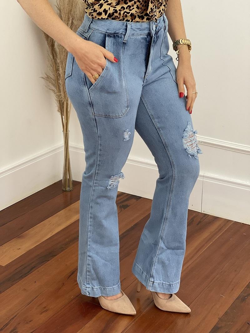 Calça Flare Jeans Destroyed