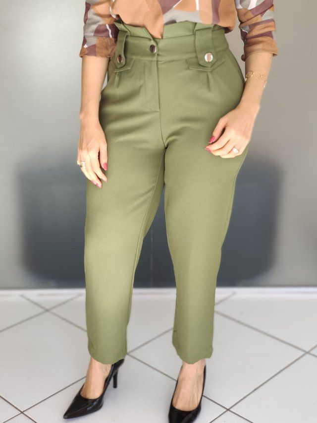 Calça Skinny Botões Cós Verde