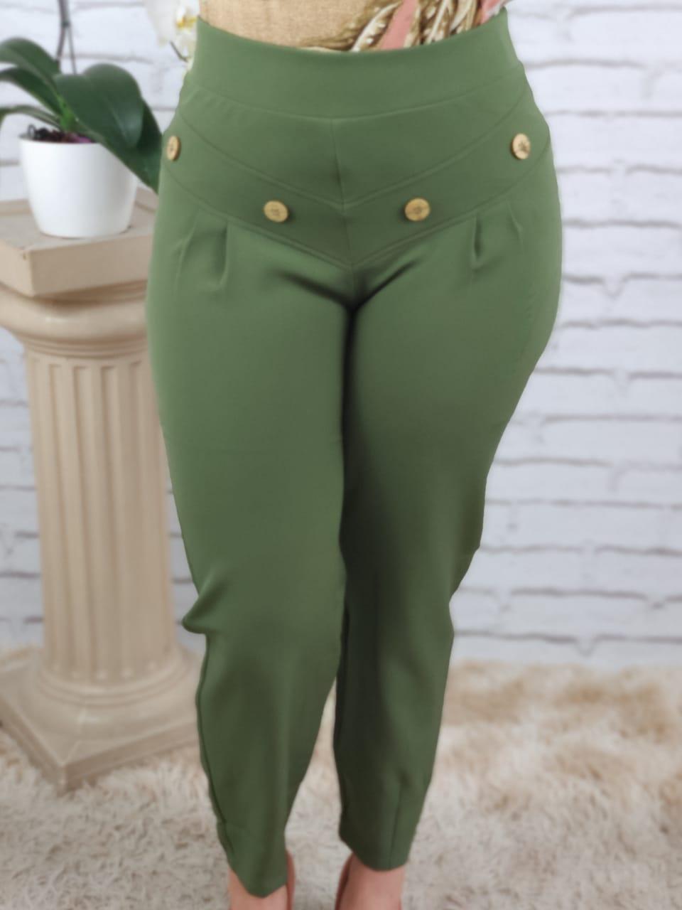 Calça Skinny Botões Frontais Verde