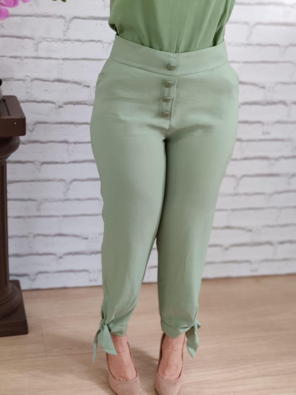 Calça Skinny Botões Laço Barra Verde