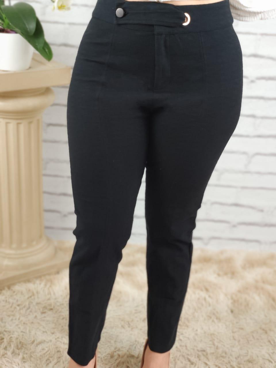 Calça Skinny Cinto Transpassado Preta