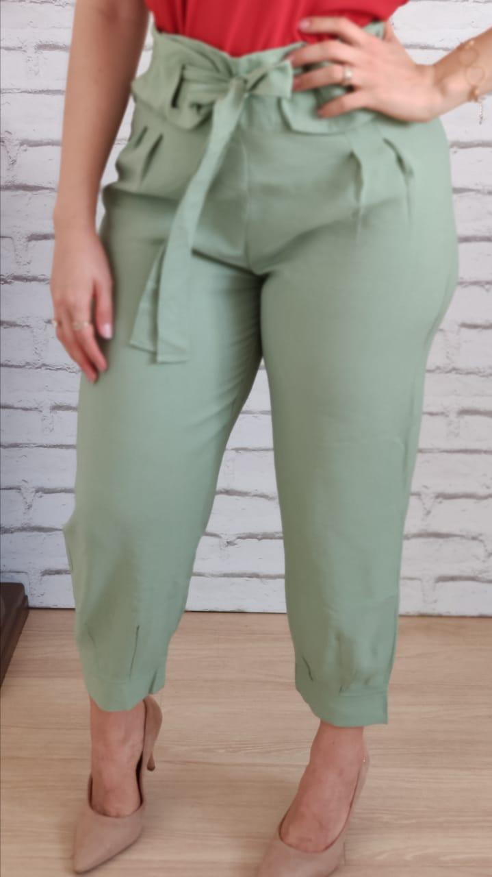 Calça Skinny Detalhe em Cinto Verde