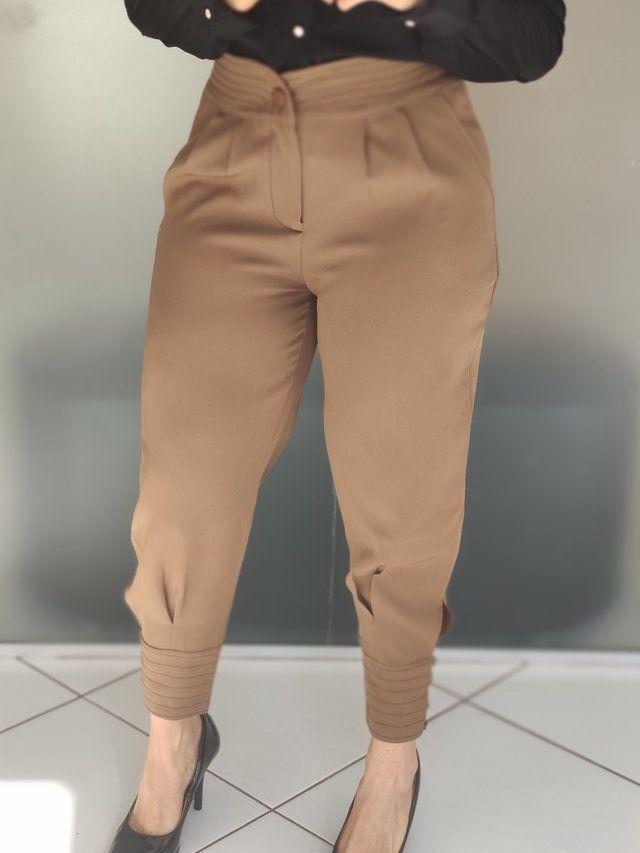 Calça Skinny Detalhe Pesponto Marrom