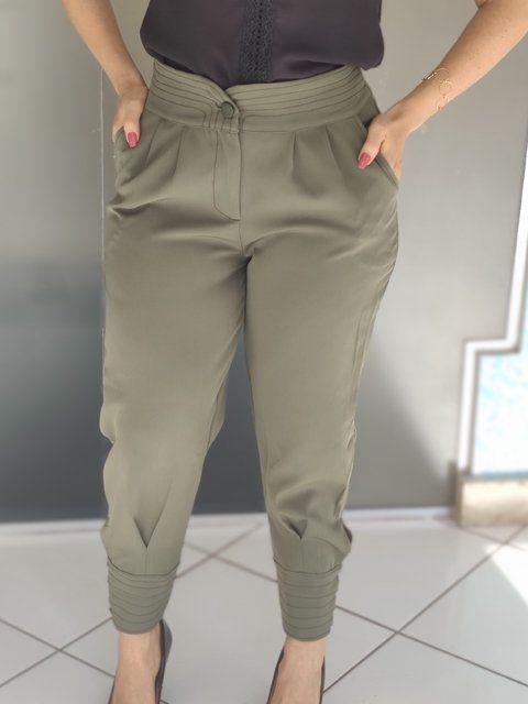 Calça Skinny Detalhe Pesponto Verde
