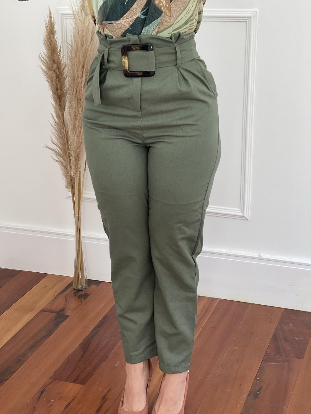 Calça Skinny em Viscolinho Detalhe Cinto Verde Escuro