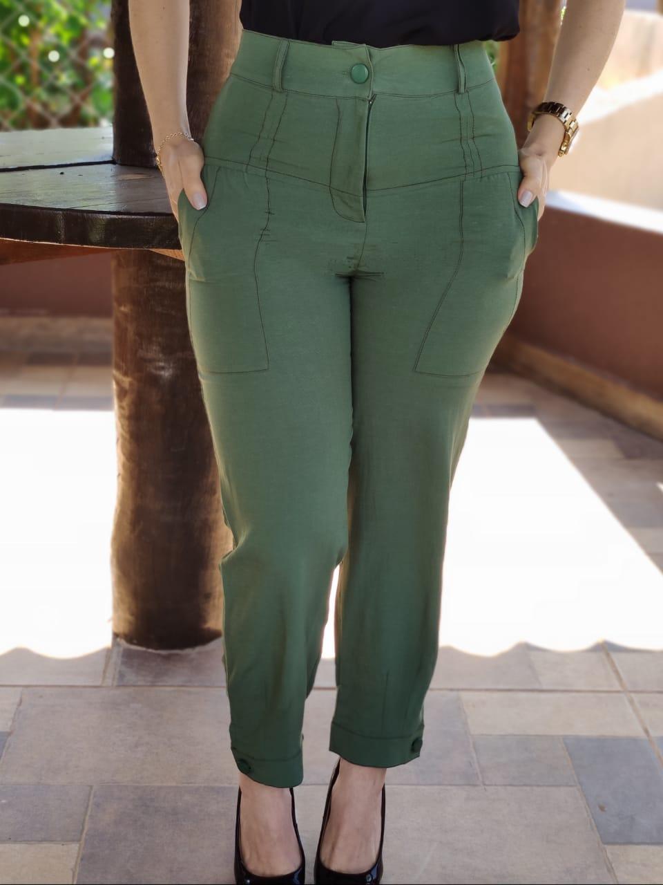 Calça Skinny Pesponto Botão Barra Verde