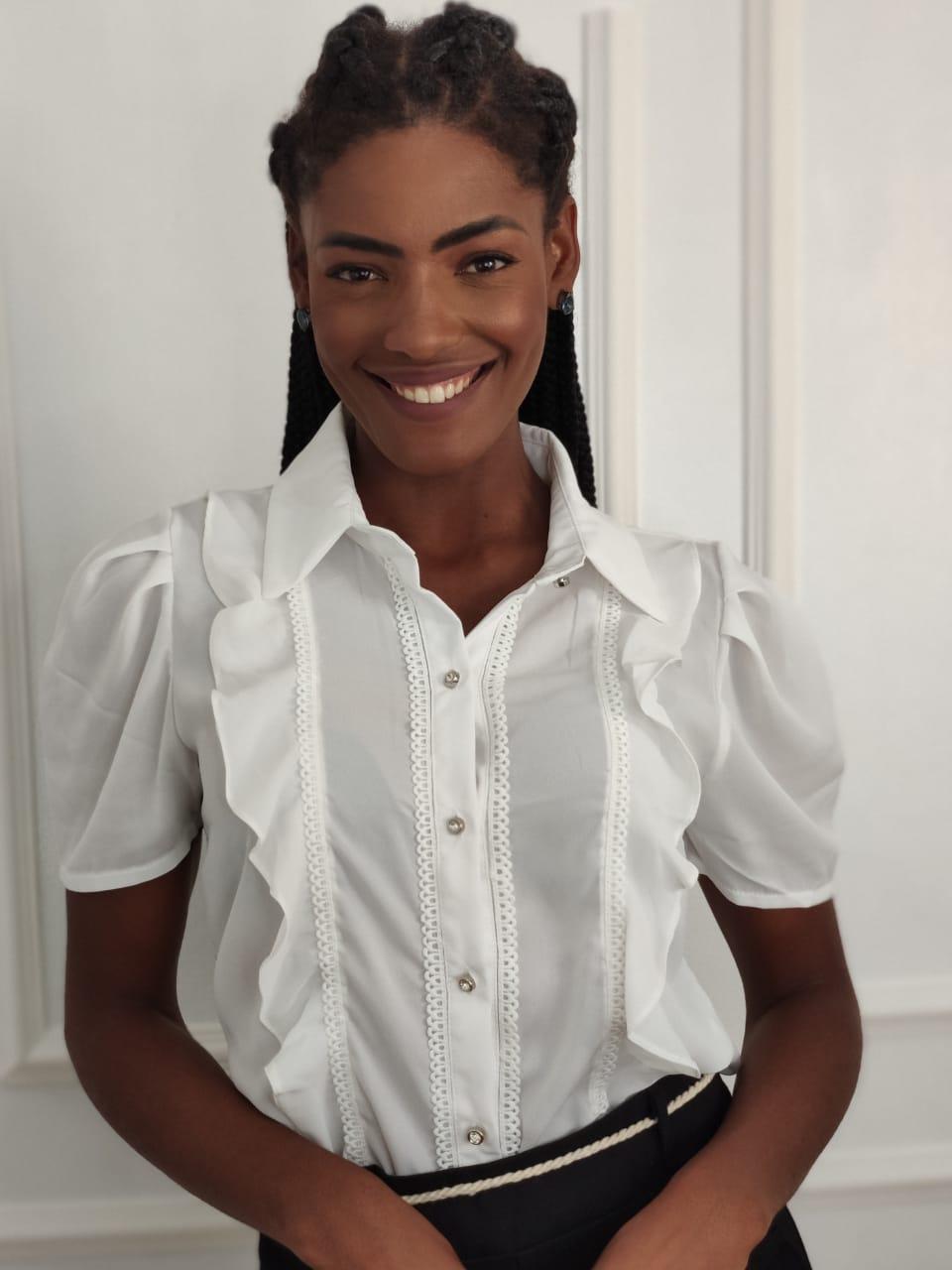 Camisa Manga Curta Babados Frontais Branca