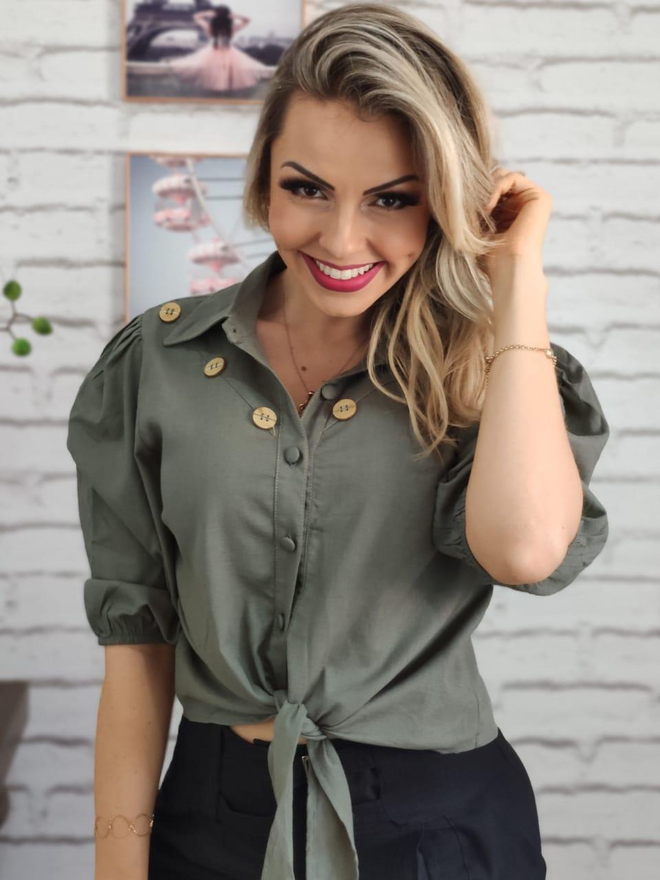 Camisa Manga Curta Botões Verde