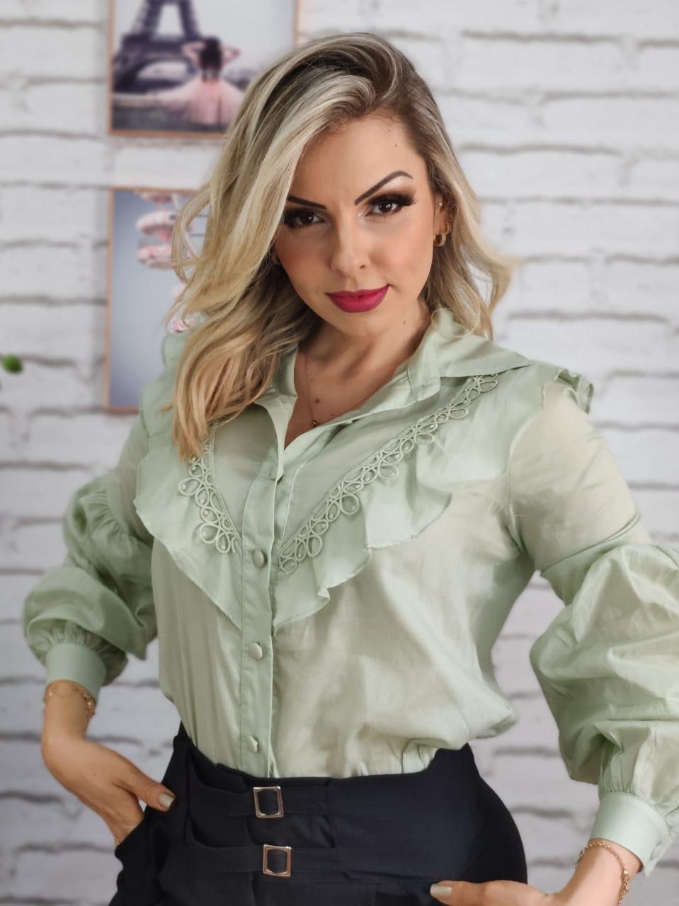 Camisa Manga Longa Babados Verde