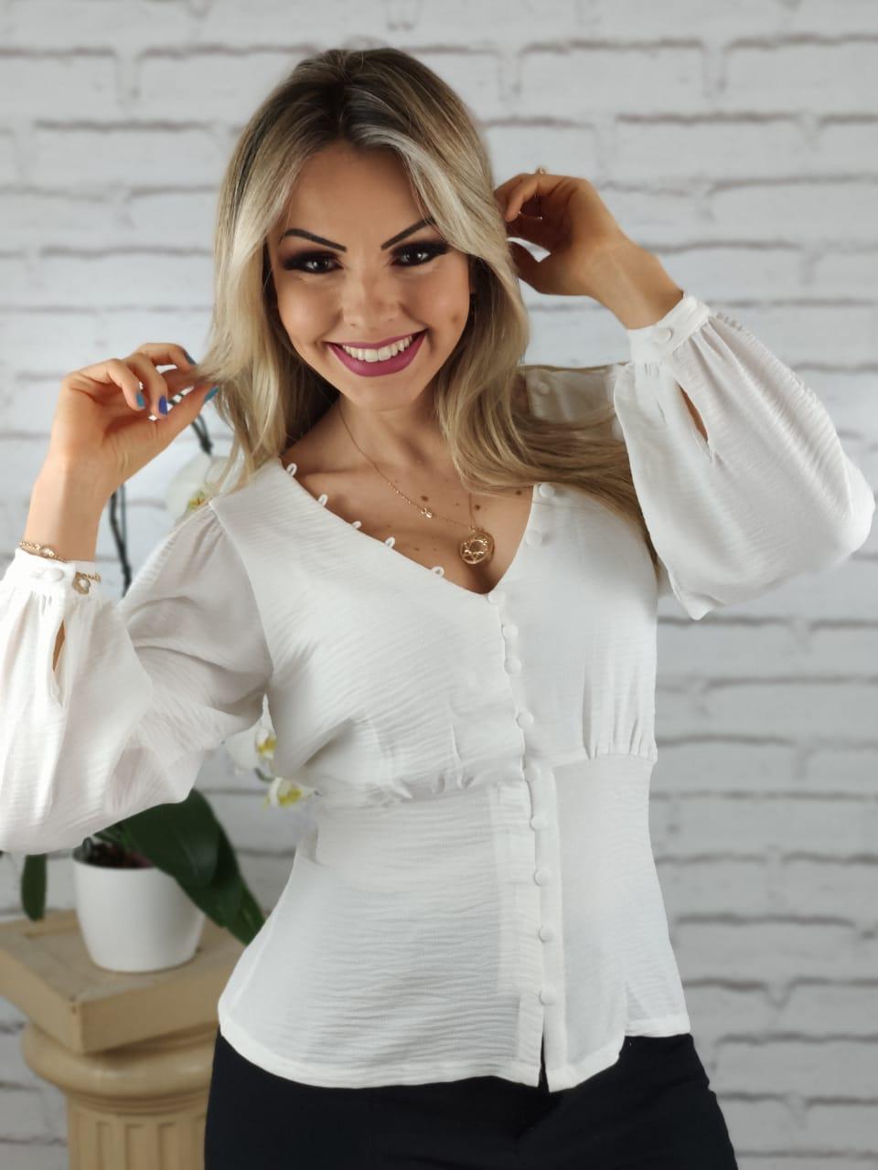 Camisa Manga Longa Botões Frontais Branca