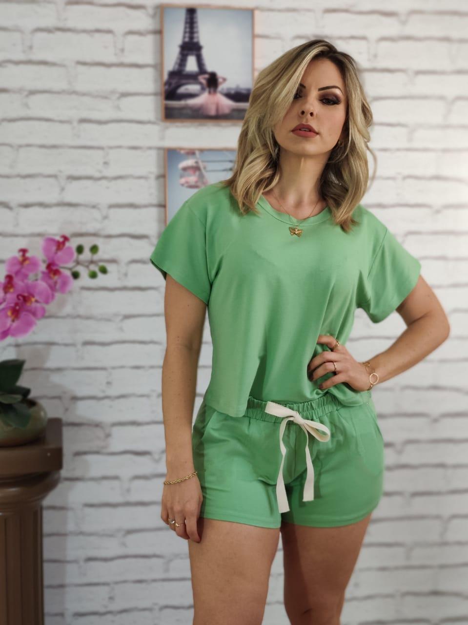 Conjunto Shorts Liso Verde