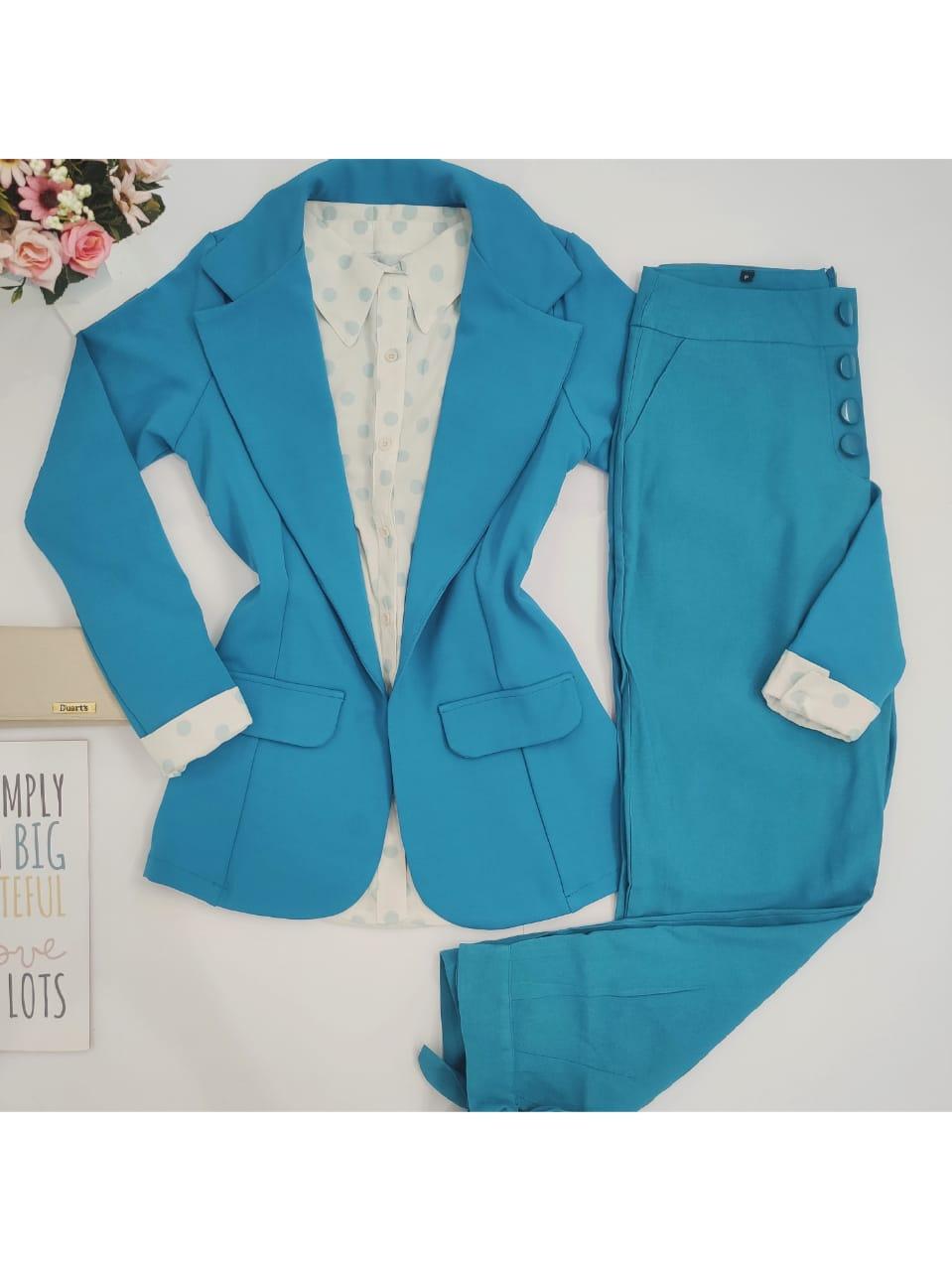 Look: 1 Blazer Alongado Azul + 1 Camisa Poá Verde Claro + 1 Calça Skinny Laço Barra Azul