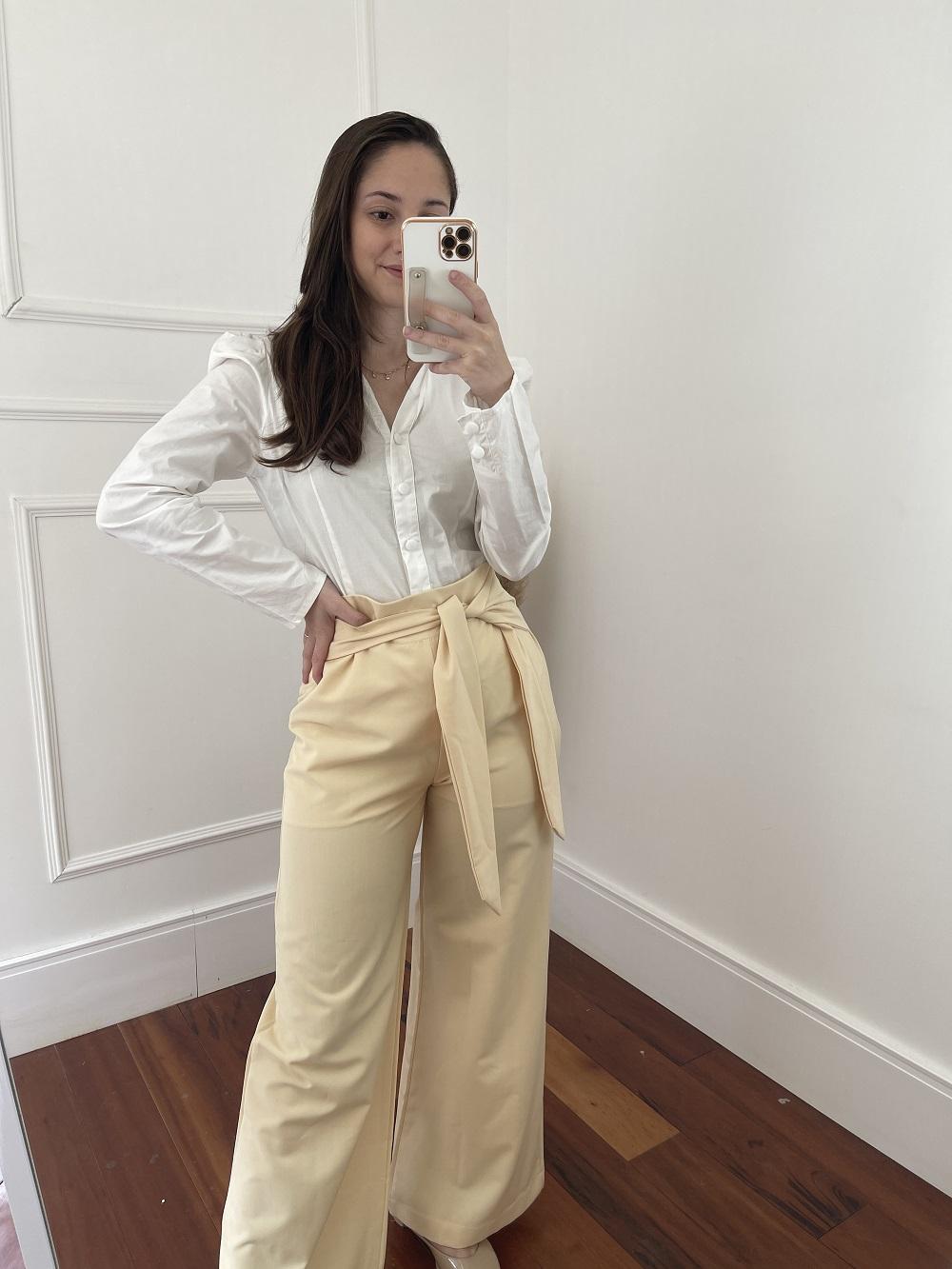 Look Pronto: Camisa Manga Longa Tricoline Bufante Branca  + Calça Pantalona Detalhe Amarrar Amarelo Lunar