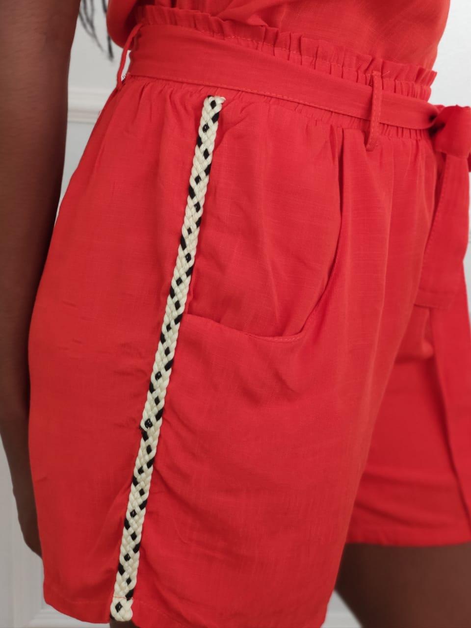 Shorts Detalhe Lateral Laranja