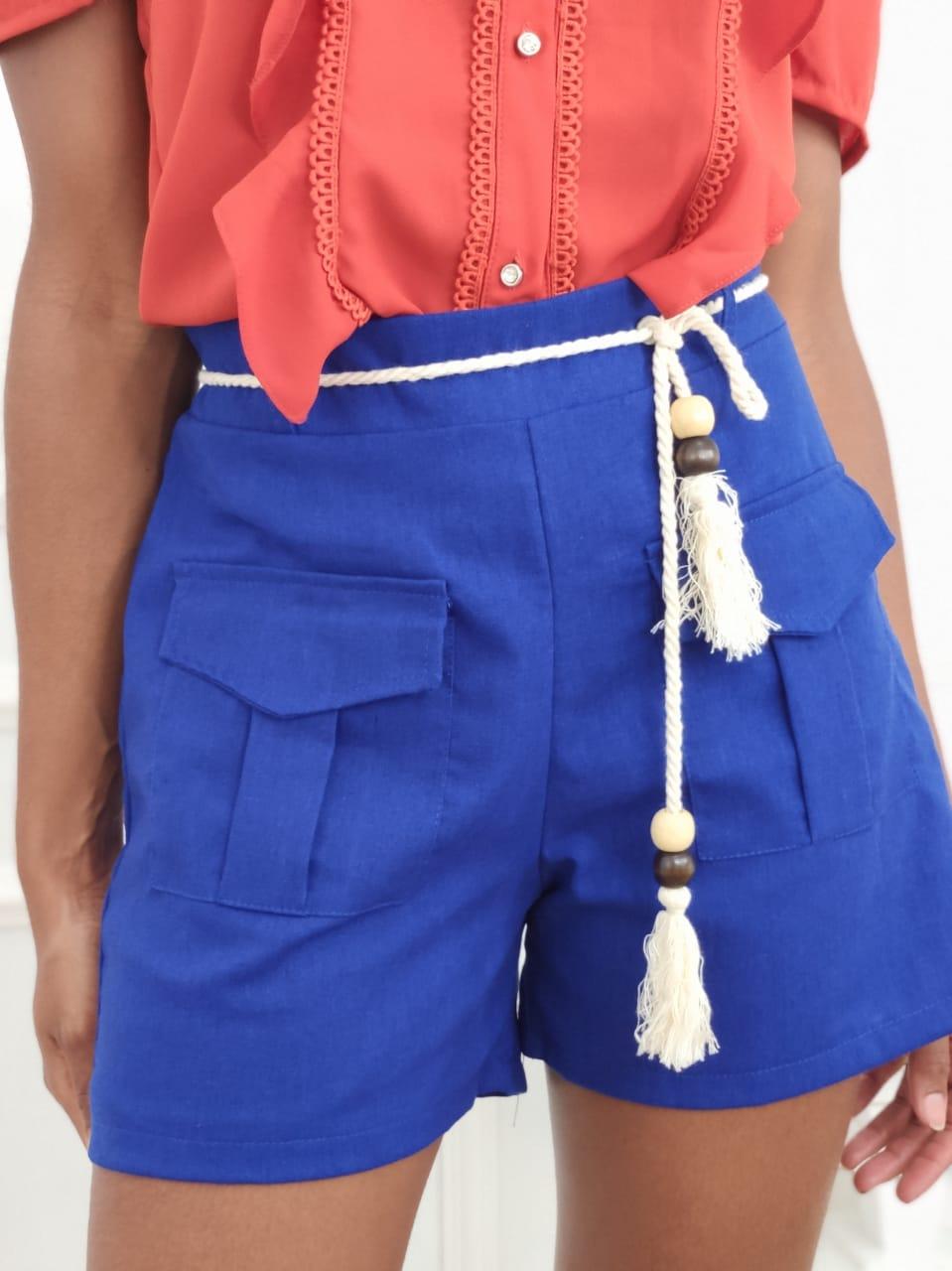 Shorts em Linho Bolsos Azul