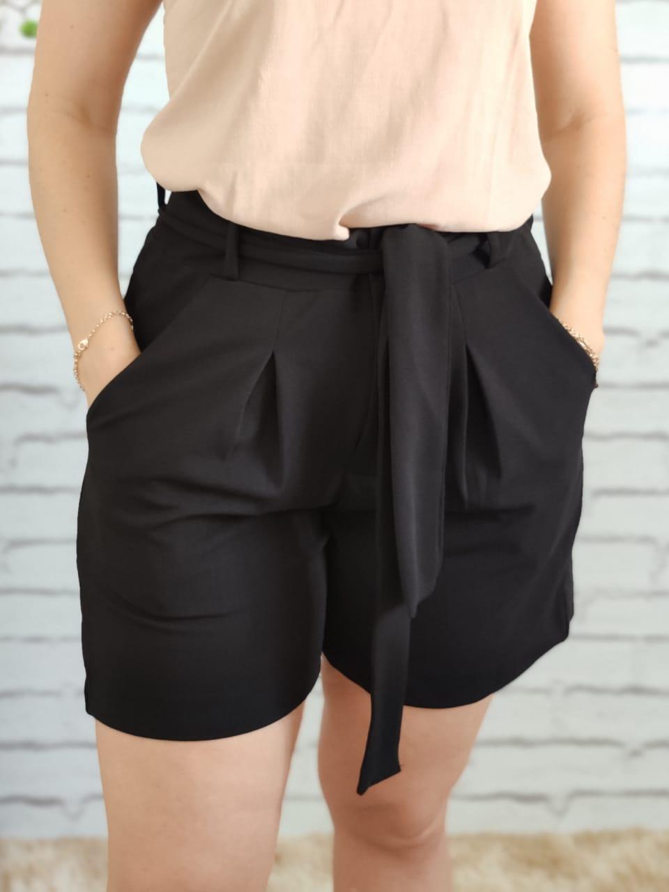 Shorts Laço Preto