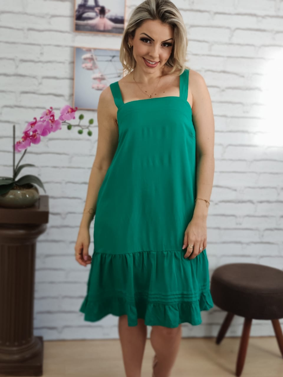 Vestido Curto Alça Larga Verde