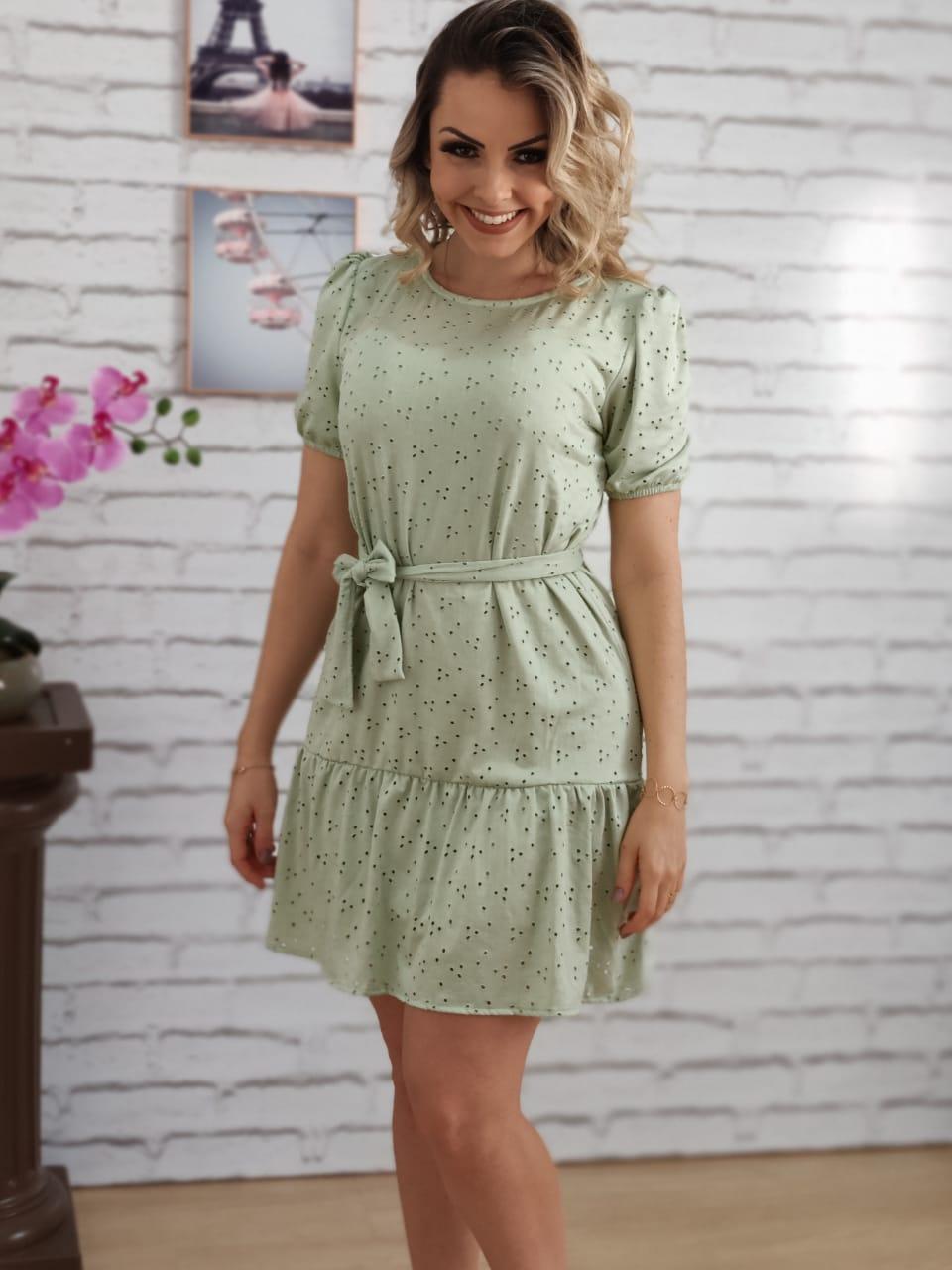 Vestido Curto Detalhe Tecido Verde