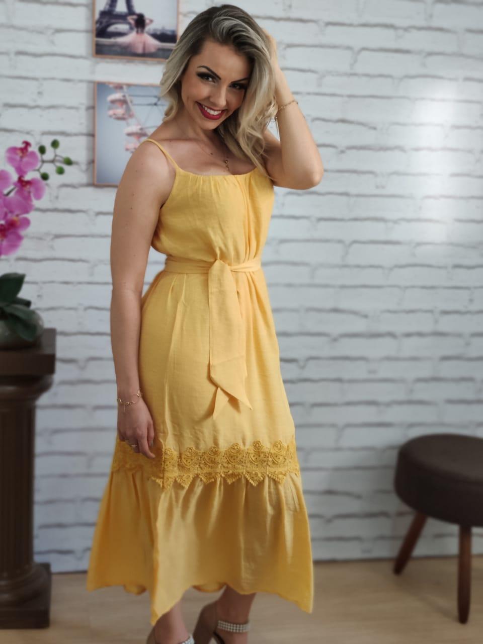 Vestido Midi Detalhe Guipir Amarelo