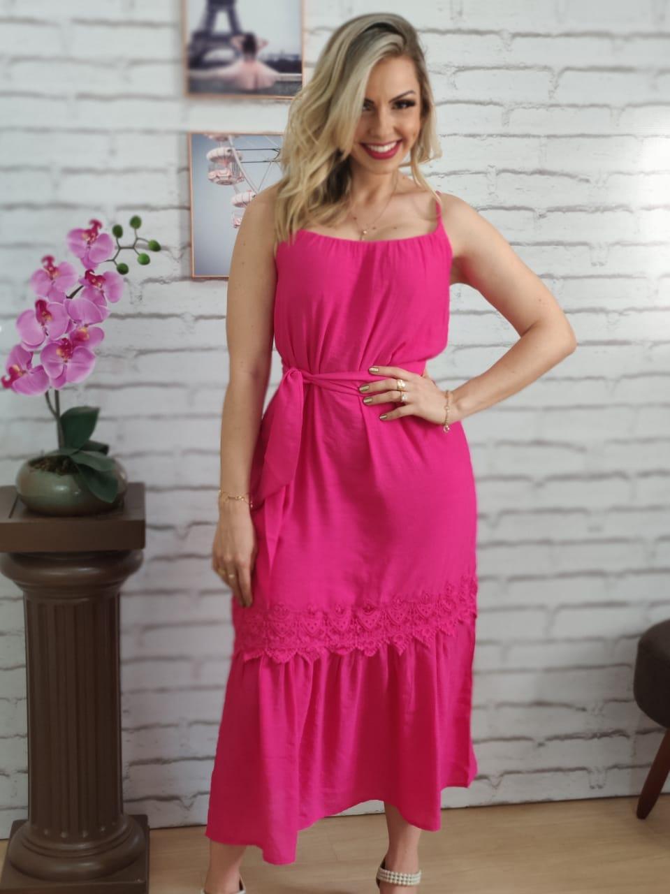 Vestido Midi Detalhe Guipir Pink