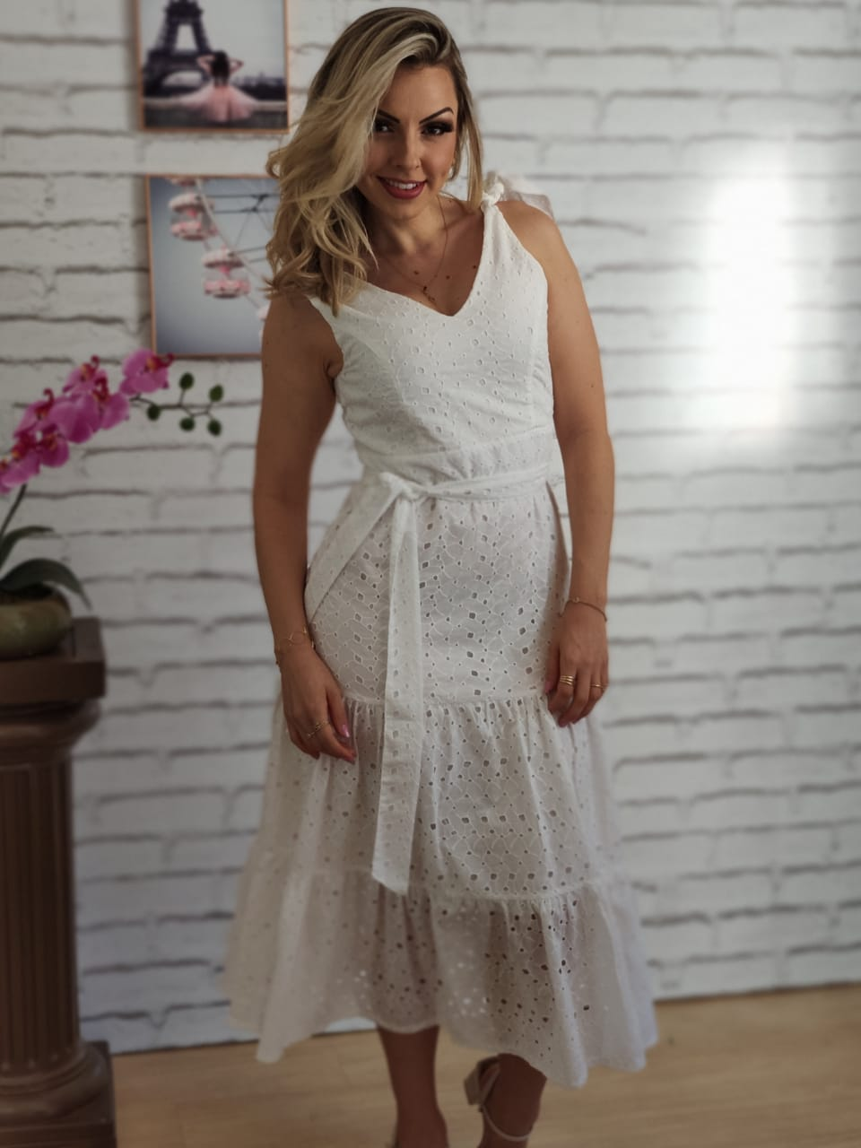 Vestido Midi em Laise Alça Larga Branco