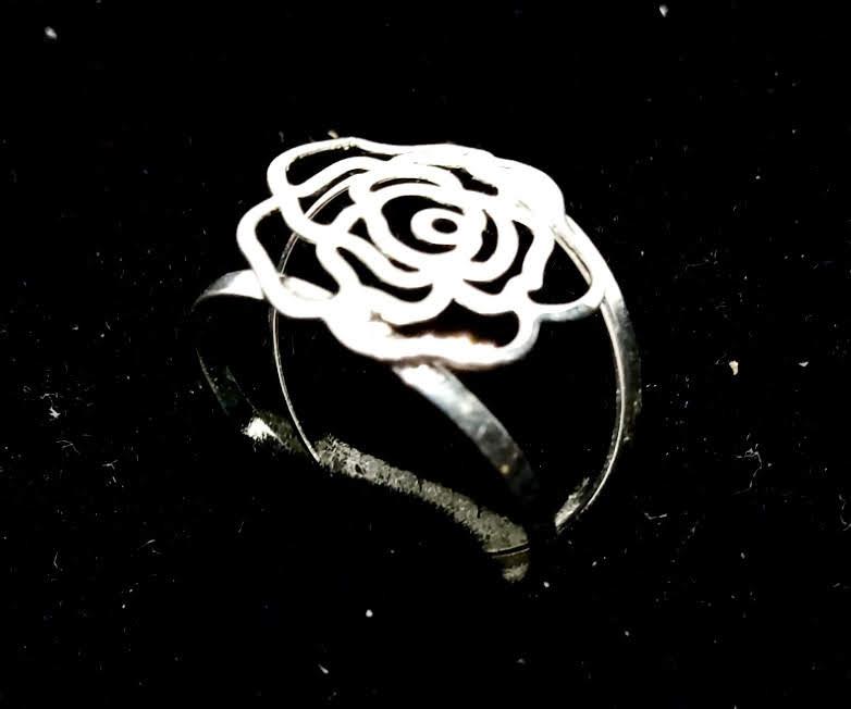 Anel Feminino Flor Flores Rosa Banhado a Prata 23