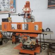 Fresa Ferramenteira Atlasmaq Fer50A-5 NR12, Digital, Refrigeracao, 220V - Nova Maquina de Show Room na Garantia