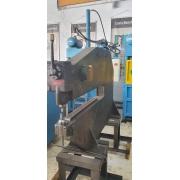 Máquina Franho para corte de chapas em disco, Modelo C6 - 220/380V - Usada
