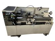 Torno Mecânico ROMI, Modelo ID-20, Diâmetro 325mm Comprimento 1200mm entre pontas, Placa 3 Castanhas 160mm, Sistema de Refrigeração, Luminaria - 220V - Usado - Conservado.