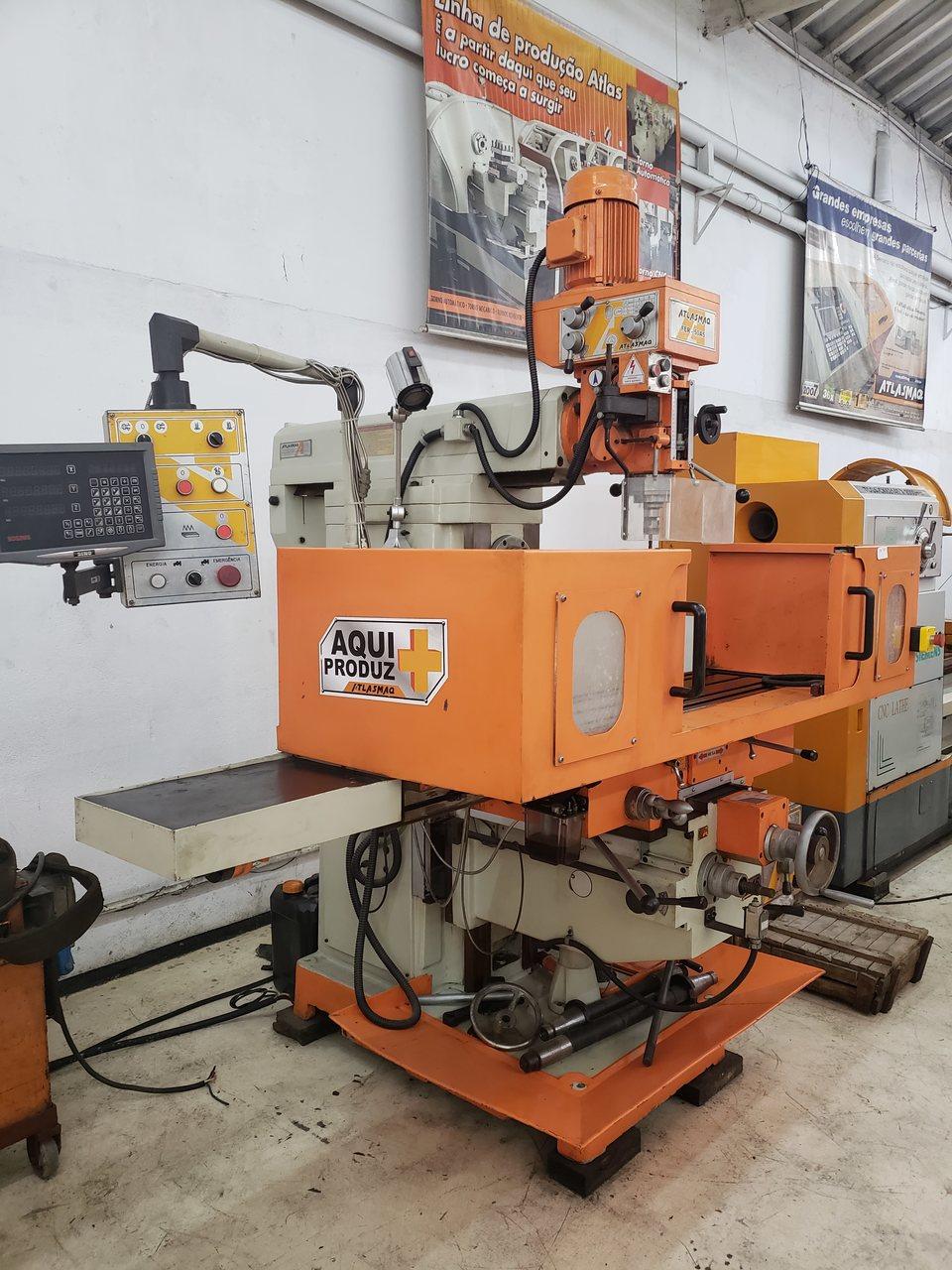 Fresa Ferramenteira Atlasmaq Fer50A-5 NR12, Digital, Refrigeracao, 220V - Nova Maquina de Show Room na Garantia  - Atlasmaq