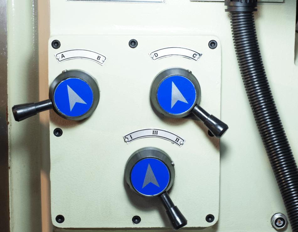 Fresadora Ferramenteira Engrenada Atlasmaq FER-40C1 - Produto Novo  - Atlasmaq