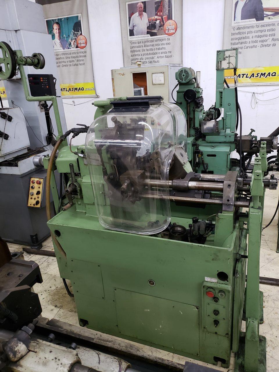 Torno Automatico Camporesi RA-60, Capacidade diâmetro 60mm, Alimentador de barras, Com capas de acrílico - 220V - Super Conservado (Usado)  - Atlasmaq