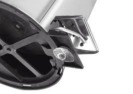 Lixeira Inox com Pedal Tramontina Brasil com Acabamento Polido e Balde Interno Removível 3 L  Tramontina 94538103