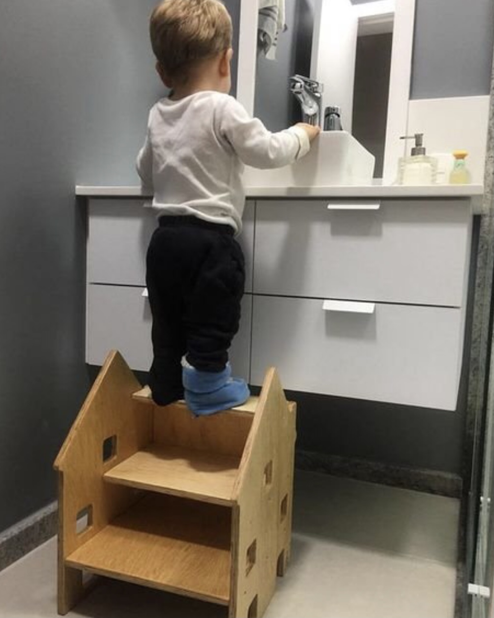 Banco Escada Casinha
