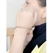 Bracelete Torcido banhado em Ouro 18K/Ródio Branco