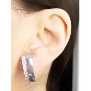 Brinco Earhook com Zirconia Cristal banhado em Ródio Branco