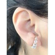 Brinco Earhook Corações Cristal banhado em Ouro 18k/Ródio Branco