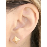 Brinco Triangulo Liso banhado em Ouro 18K/Ródio Branco