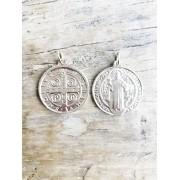 Pingente Medalha de São Bento banhada em Ouro 18K