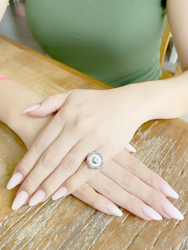 Anel de Dedinho Ajustável Coração com Zirconias Coloridas banhado em Ouro 18K/Ródio Branco