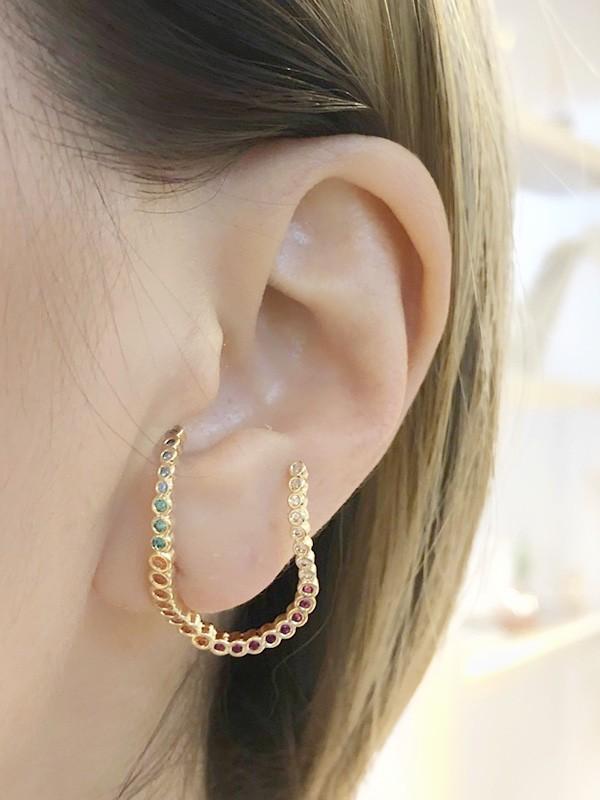 Brinco Earhook Colors Irregular banhado em Ouro 18K/Ródio Branco