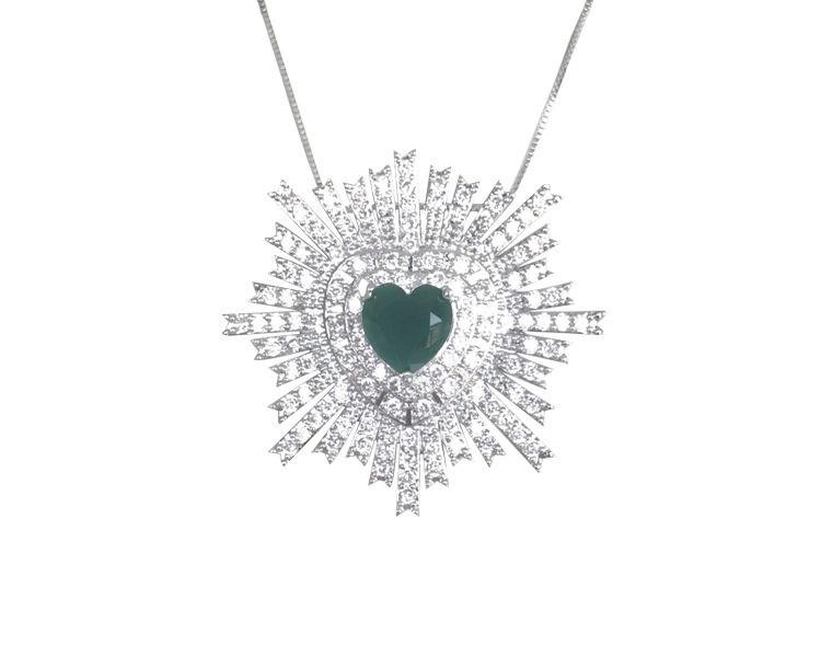 Colar Coração com Zircônia Cristal e Esmeralda banhado em Ródio Branco